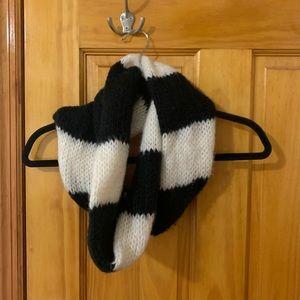 fluffy infinity scarf